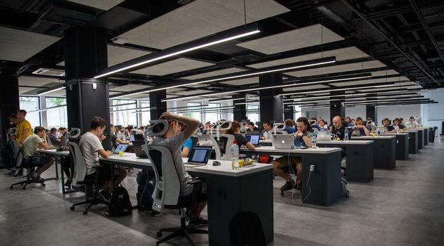 オフィス風景イメージ